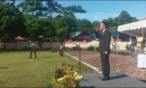 Jimmy Eman Inspektur Upacara HUT Bhayangkara ke-71