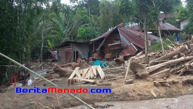 Rumah Yang Terkena Banjir Bandang di Desa Tambelang, Minsel