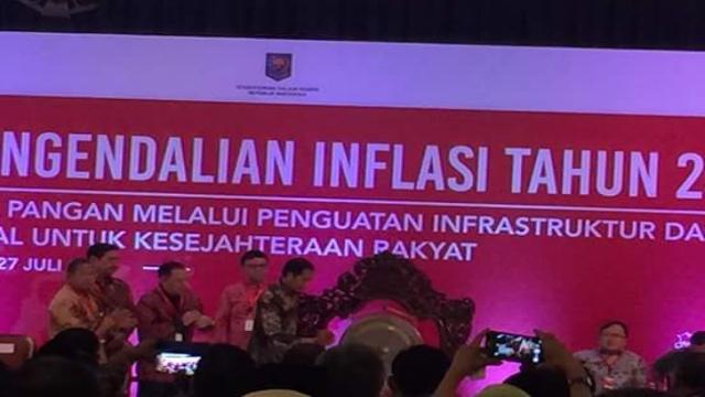 Presiden Jokowi Membuka Rakornas Inflasi