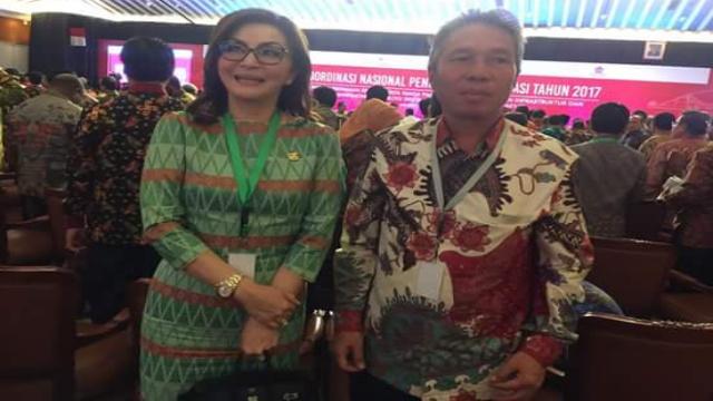 Bupati Minsel Christiany Eugenia Paruntu SE dan Wabup Franky Donny Wongkar SH