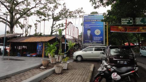 Pantai Malalayang jadi pusat hiburan warga