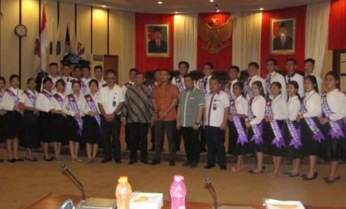 Diskusi di DPRD Sulut, Ini Pesan MARHANNY PUA kepada 30 Finalis Remaja Teladan GMIM
