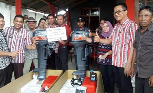 DKP Mitra Bantu Motor Tempel Kelompok Nelayan di Belang