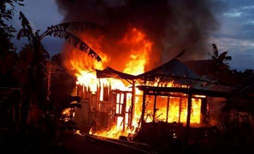 Satu Rumah di Kaima Rata Tanah Dilalap Api