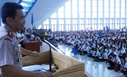 Kapolda Sulut Sampaikan Kuliah Umum di Unima Tondano