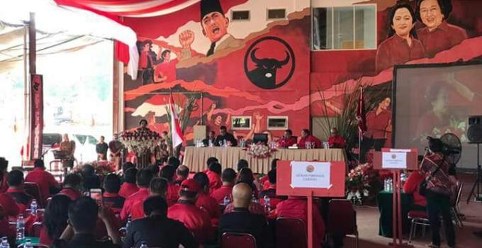 Ratusan pengurus peserta Rakerda satukan tekad mempertahankan kejayaan PDI-Perjuangan di Sulawesi Utara