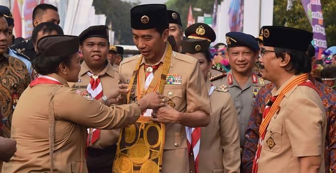 Presiden RI Joko Widodo pada upacara peringatan Hari Pramuka ke-56