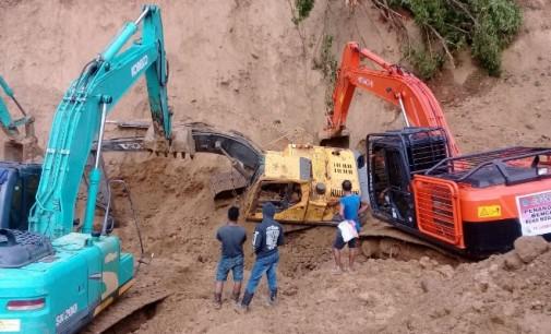 Jelang HUT Ke-72 Kemerdekaan RI, Longsor Terjang Desa Badaro Modayag