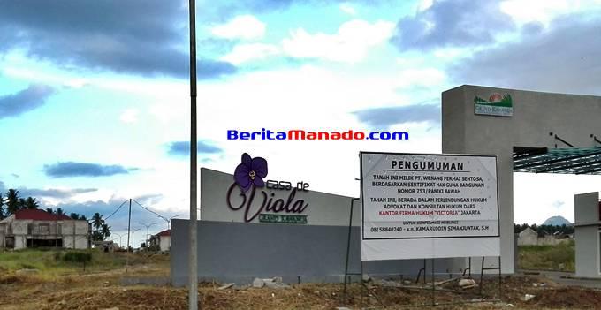 papan Pengumuman dari pihak PT WPS yang berada di depan kawasan Casa de Viola Grand Kawanua
