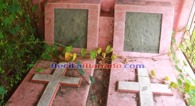 Bangunan kubur tak berpenghuni di Desa Amongena Satu