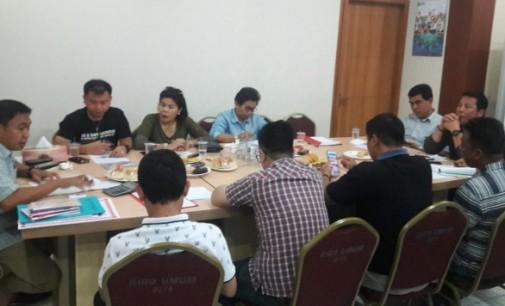 CLAY DONDOKAMBEY Pimpin Rapat Persiapan HUT Provinsi dan Pembukaan Pameran