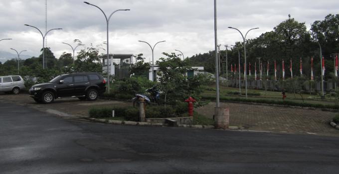 Gedung DPRD Sulut parkiran