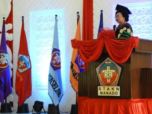 Ketua STAKN Manado Jeane Marie Tulung