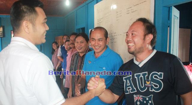 JAK saat disambut para Ketua DPC Partai NasDem se-Minahasa