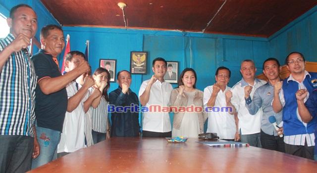 JAK bersama pengurus Partai NasDem Kabupaten Minahasa
