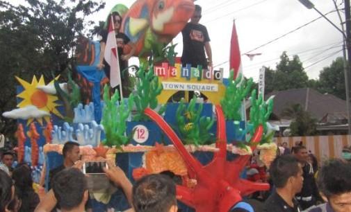 BERITA FOTO: Manado Fiesta 2017, FisCo Carnival (I)