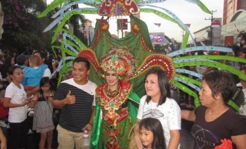 BERITA FOTO: Manado Fiesta 2017, FisCo Carnival (III)