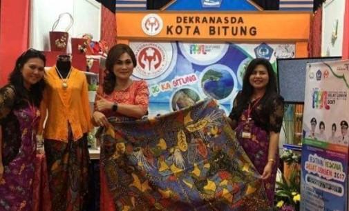 Ketua TP PKK Kenalkan Batik Corak Yaki di Pameran KriyaNusa 2017