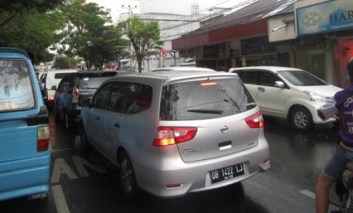Manado Semakin Macet, Walikota VICKY LUMENTUT: Jalan Layang Bukan Solusi
