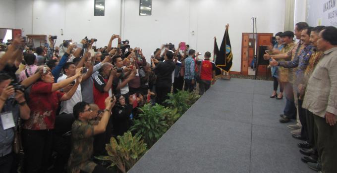 Mubes IWO dihadiri ratusan wartawan online seluruh Indonesia