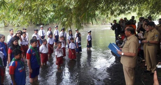 Sekolah sungai