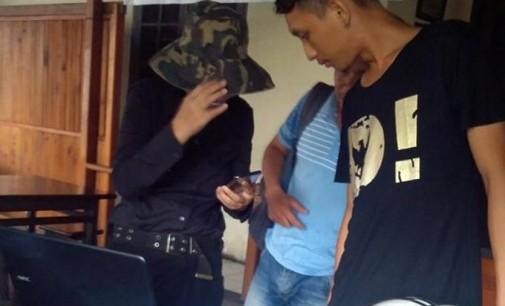 Wah !!! Turis Cina Juga Berdagang di Manado