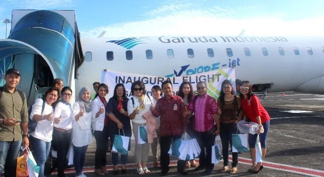 Penerbangan perdana Garuda Indonesia rute Manado-Luwuk