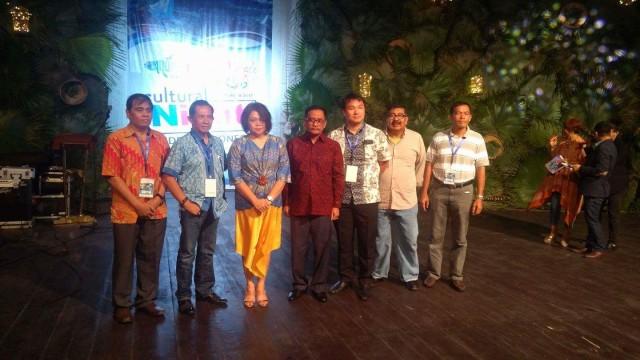 Foto Ketum ASITA bersama Ketua ASITA di seluruh Indonesia