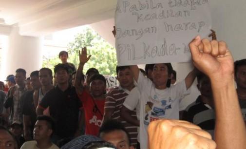 Wah !!! Kecewa Tidak Bertemu Gubernur, Sopir Angkot Ancam Tidak Membayar Pajak