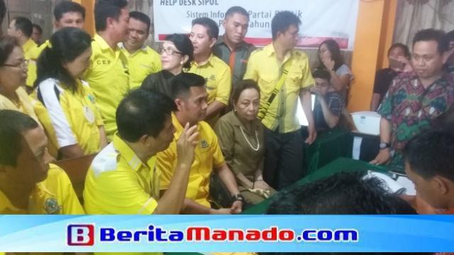 Pendaftaran Partai Golkar ke KPUD Minsel