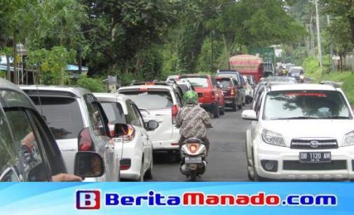 Kemacetan Manado Makin Parah, Ini Dua Solusi Menurut Bart Assa