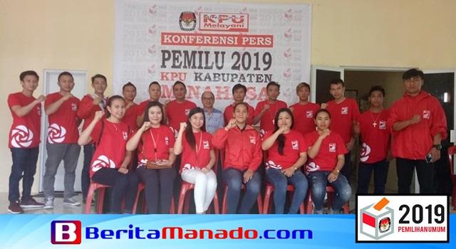 Pengurus DPD dan DPC PSI se-Kabupaten Minahasa saat bertandang ke Kantor KPU Minahasa beberapa waktu lalu