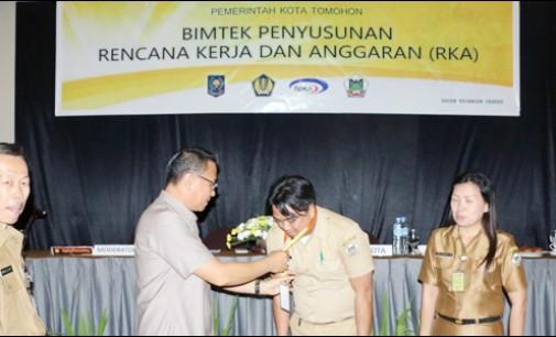 Wali Kota Tomohon Buka Bimtek Penyusunan RKA