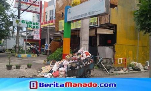 Sampah Menumpuk, Yohanes Waworuntu Sebut Wewenang Ada di Kecamatan
