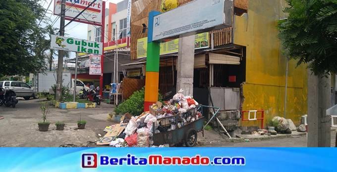 Sampah di Kelurahan Titiwungen Utara lingkungan III