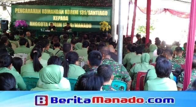 Suasana pemberian arahan oleh Brigjen TNI Sabar Simanjuntak kepada keluarga besar Kodim 1309/Manado