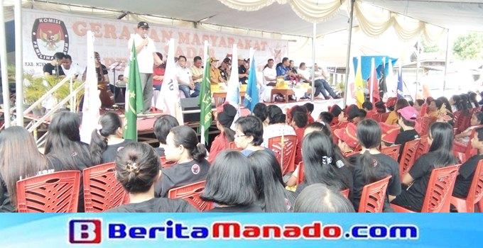 Ketua KPU Ascke Benu membawakan sambutan pada kegiatan gerakan masyarakat sadar Pilkada dan Pemilu