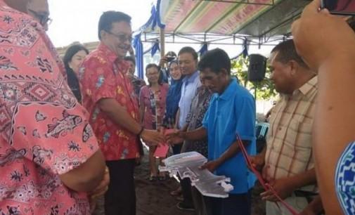 Kelompok Nelayan di Girian Terima Bantuan dari Kementerian Kelautan