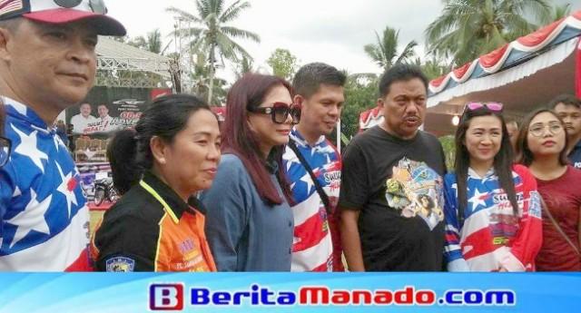 Gubernur Sulut Olly Dondokambey didampingi Bupati Minut Vonnie Panambunan, Kumtua Tatelu Jhon Lausan bersama istri dan Ketua Sobat Henry Walukow bersama istri.