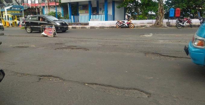 Kondisi jalan Malalayng berstatus jalan nasional rusak