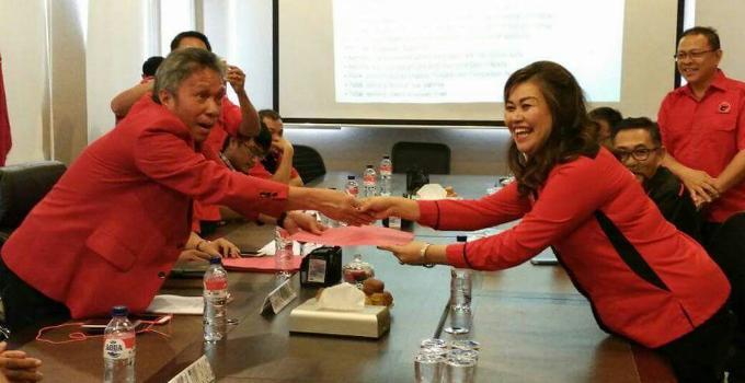 Biodata Jeanny Mumek diterima Sekretaris DPD PDIP Sulut, Frangky Wongkar