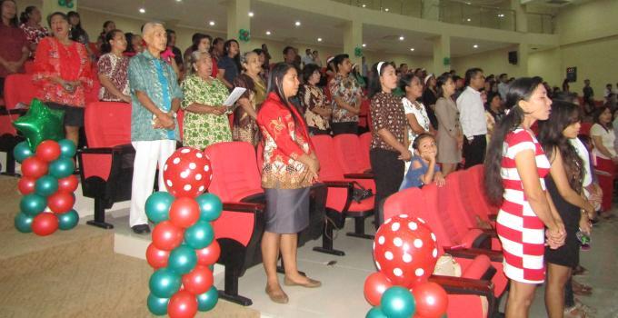 Keluarga besar DPRD Sulut