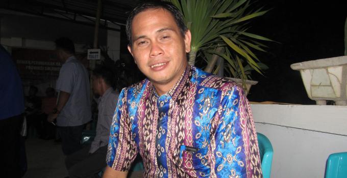 Camat Paal Dua, Glenn Kowaas SH, MH