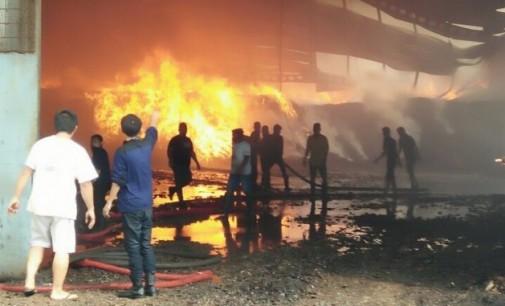 Polres Masih Selidiki Penyebab Kebakaran Gudang PT MNS Bitung