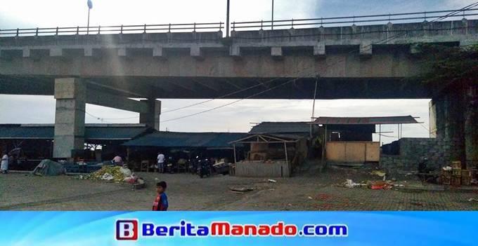 Kolong Jembatan Soekarno