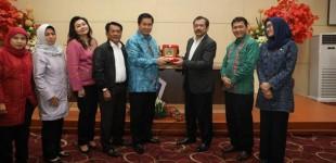 Terima Komisi VIII DPR-RI, Wagub STEVEN KANDOUW Paparkan Sulut Koleksi Banyak Kepala Daerah Perempuan