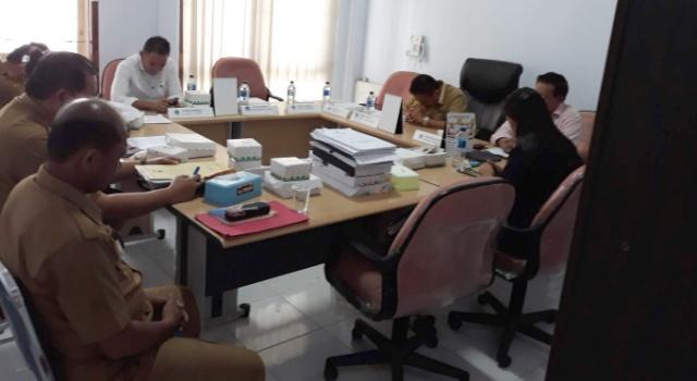 Komisi I DPRD Minut memanggil hearing Baperjakat Minut.
