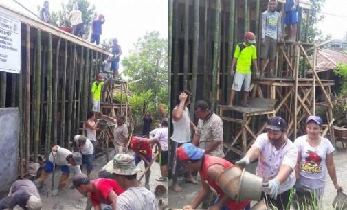 Masyarakat Watutumou II Gotong Royong Bangun PAUD