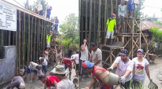 Proses pembangunan PAUD Desa Watutumou II.