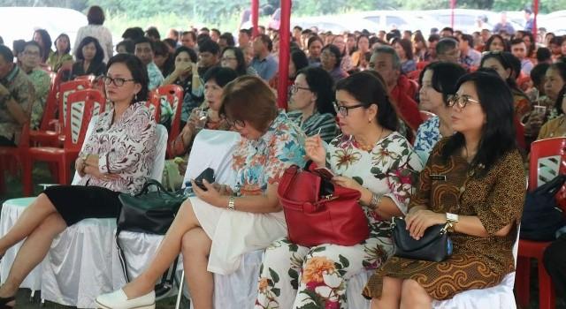 Ibadah KKR Pemkab Minut dihadiri ribuan ASN.